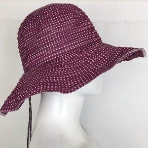 Wallaroo UPF 50+Scrunchie Fuchsia Polkadot Sun Hat